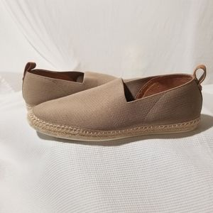 NEW Kenneth Cole Lizzy Slip On Espadrilles